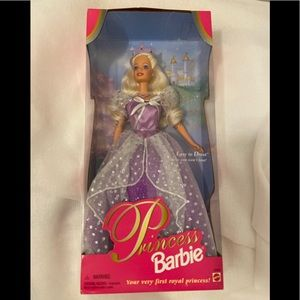 New Vintage  Princess Barbie 1997 Blonde Purple